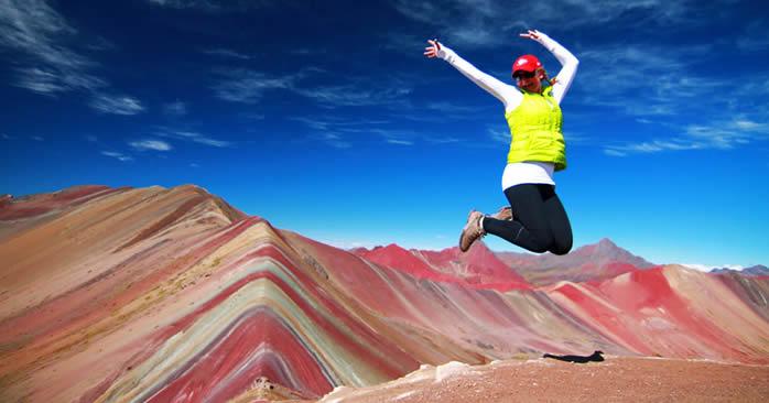 caminata a la montaña de los 7 colores