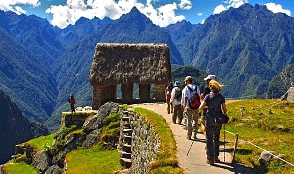 """Nuevo límite de visitas a Machu Picchu: 5,940 turistas por día """"en dos turnos"""" desde el 01 de julio 2017"""
