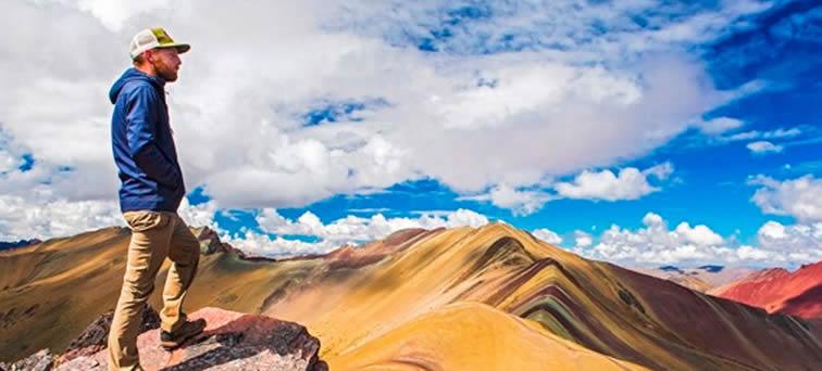 """Vinicunca: la """"montaña arcoíris"""" o """"montaña de siete colores"""""""