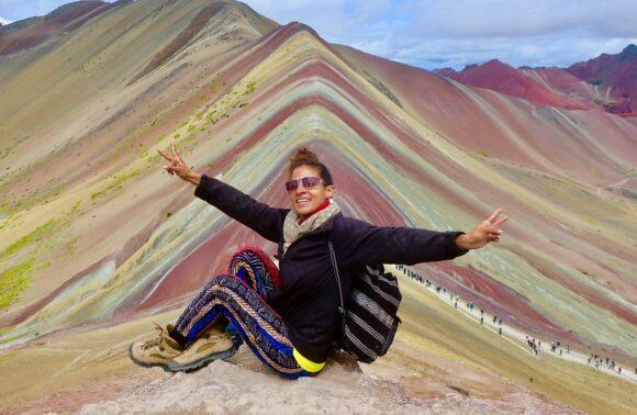 Como llegar a la Montaña de los 7 Colores en un Transporte Turístico